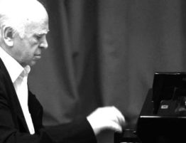 Композитор С.П. Баневич сохранил свои права на музыку
